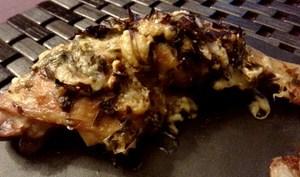 Cuisses de poulet grillées, gratinées au parmesan et à l'estragon *delicious*