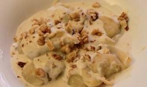Raviolis à la ricotta, noix, serrano et parmesan