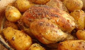 Poulet en cocotte et ses pommes de terre rôties