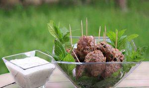 Boulettes d'agneau façon kefta et tzatziki