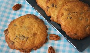 Le cookie aux trois chocolats et aux noix de Pécan