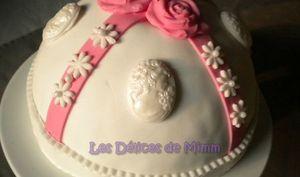 Dôme roses et camées : Madeira cake et pâte à sucre