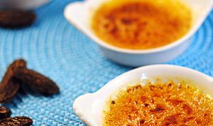 Crèmes brûlées à la fève tonka