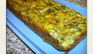 Cake aux épinards, champignons et feta
