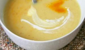Velouté de topinambours-pommes de terres au lait de coco et gingembre