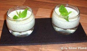 Soupe glacée de concombre à la menthe et au citron