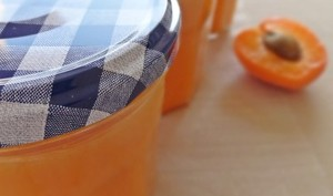 Confiture d'abricots à la purée d'amande
