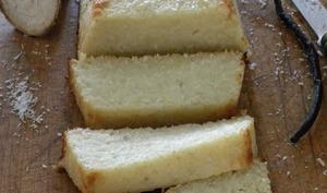 Gâteau de manioc à la noix de coco et citron vert