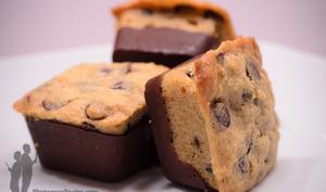 Petits cookies nappés de chocolat