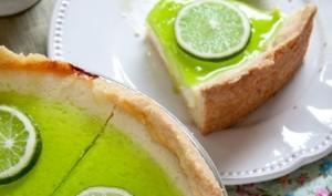 Cheesecake citron & citron vert et son coulis aux deux citrons et verveine