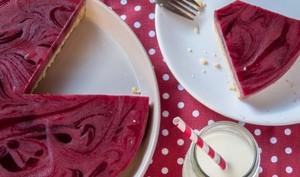 Cheesecake sans cuisson à la purée de framboises