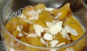 Panna Cotta à la vanille et compotée de mirabelles