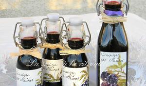 Vinaigre épicé aux mûres
