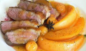 Magret de canard et poêlée de melon aux épices