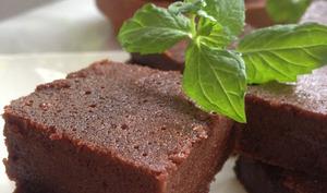 Le méga fondant au chocolat et à la compote de pommes