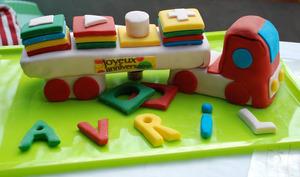 Gâteau d'Anniversaire en forme de camion