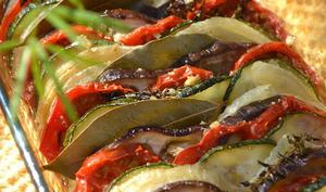 Tian d'aubergines, courgettes et tomates