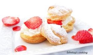 Choux à la crème chantilly et fraises