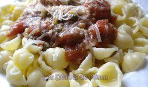 Pâtes aux tomates, anchois et câpres
