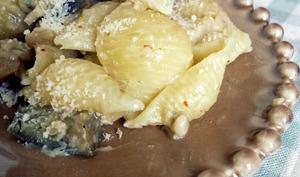 Conchiglie rigate aux Aubergines et Crème Pignons Gorgonzola