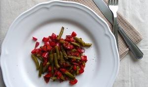 Poêlée de poivrons et haricots verts au vinaigre balsamique, herbes et 5 baies