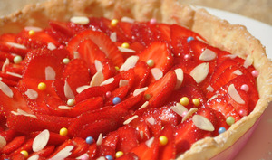 Tarte aux fraises et sa crème d'amandes au romarin