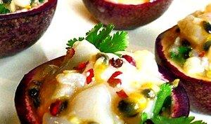 Ceviche de Saint Jacques au fruit de la passion, coco et gingembre
