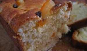 Brioche aux écorces d'oranges confites et chocolat