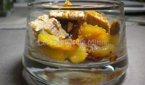 Verrine de foie gras, pommes et poires caramélisées au Calvados