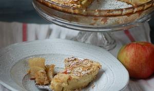 Clafoutis aux pommes, farine de châtaigne et tournesol