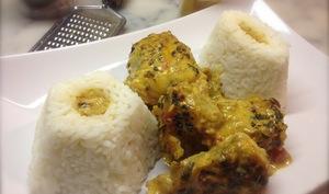 Queues de lotte au curry, lait de coco et citron vert