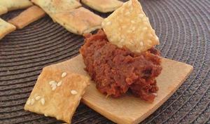 Mini crackers sésame, carvi et pavot