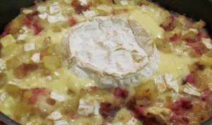 Gratin de pommes de terre, lardon et camembert