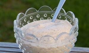 Glace à la banane, noix de cajou et lait de riz