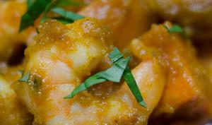 Colombo de crevettes et de patates douces