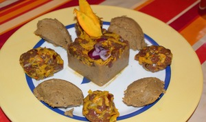 Tartare de chavreuil au potimarron et purée de pois chiche à l'aubergine