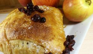 Pomme cranberries vanille sous une pâte levée