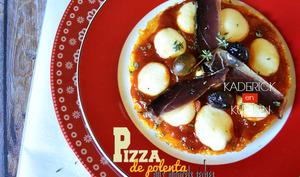 Pizza de polenta au magret séché ou aux poivrons