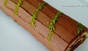 Bûche chocolat-pistache