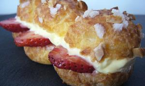 Éclair fraise, rhubarbe et passion