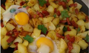 Pommes de terre sautées oeufs et chorizo
