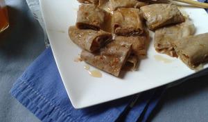 Rouleaux de crêpes au miel et pain d'épices