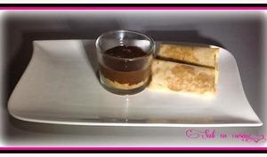 Crème mousseuse au chocolat sur lit de madeleines Ker cadélac au Turon