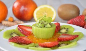 Surprise vitaminée au kiwi et caviar de curcuma frais