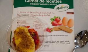 Verrines framboises et fraises au lemon curd, brisure de spéculoos