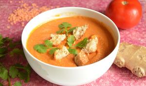 Soupe de lentilles corail et croutons au gingembre