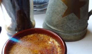 Crèmes Brûlées à la fleur d'oranger.