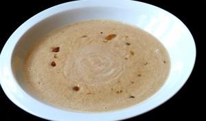 Soupe dynamisante : châtaignes, gingembre et lait de soja