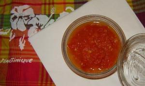 Le chutney de tomate tropical