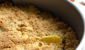 Crumble de mangue et clémentine à la farine de soja
